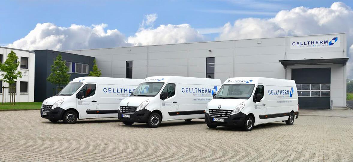 CELLTHERM-Servicewagen vor Produktionshalle